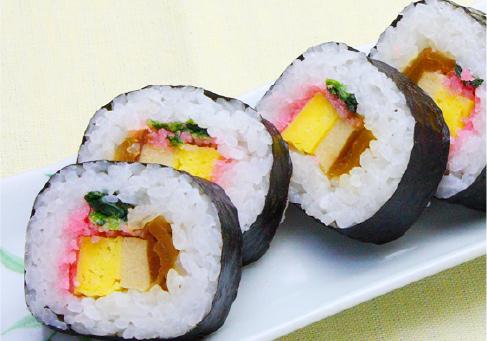 巻き寿司 12貫カット